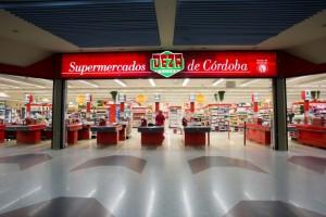 Centros Comerciales y Supermercados